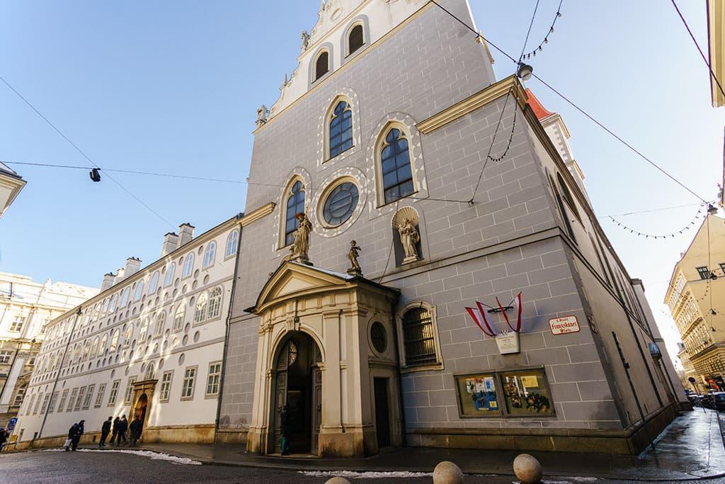 Franziskanerkirche-Wien-Kirchen-Top-10