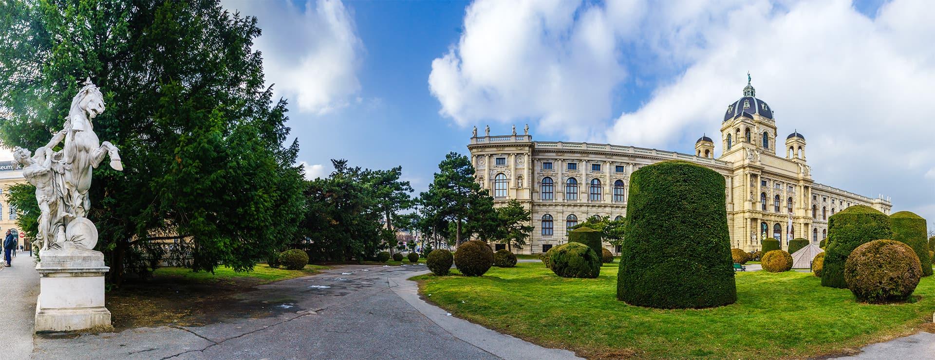 wien-naturhistorisches-museum-panorama