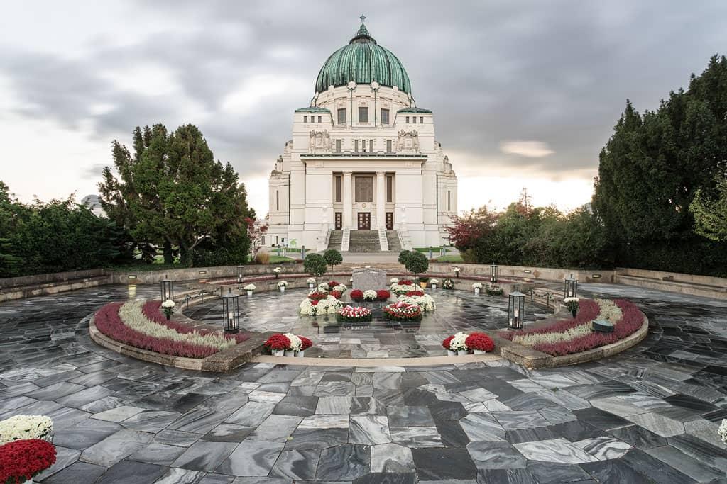 Karl-Borromaeuskirche-Wien-Kirchen-Top-10