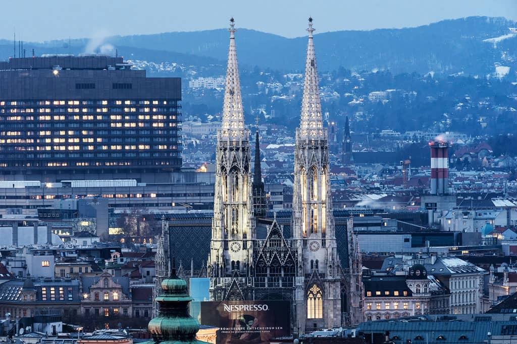 Votivkirche-Wien-Kirchen-Top-10