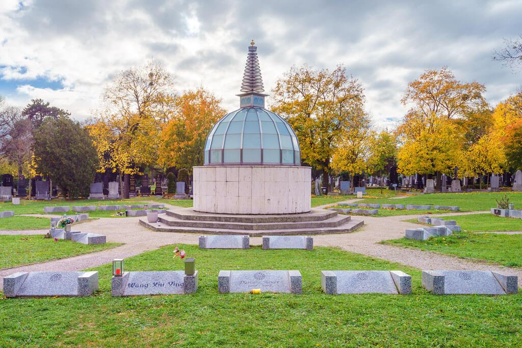 Buddhistischer-Friedhof