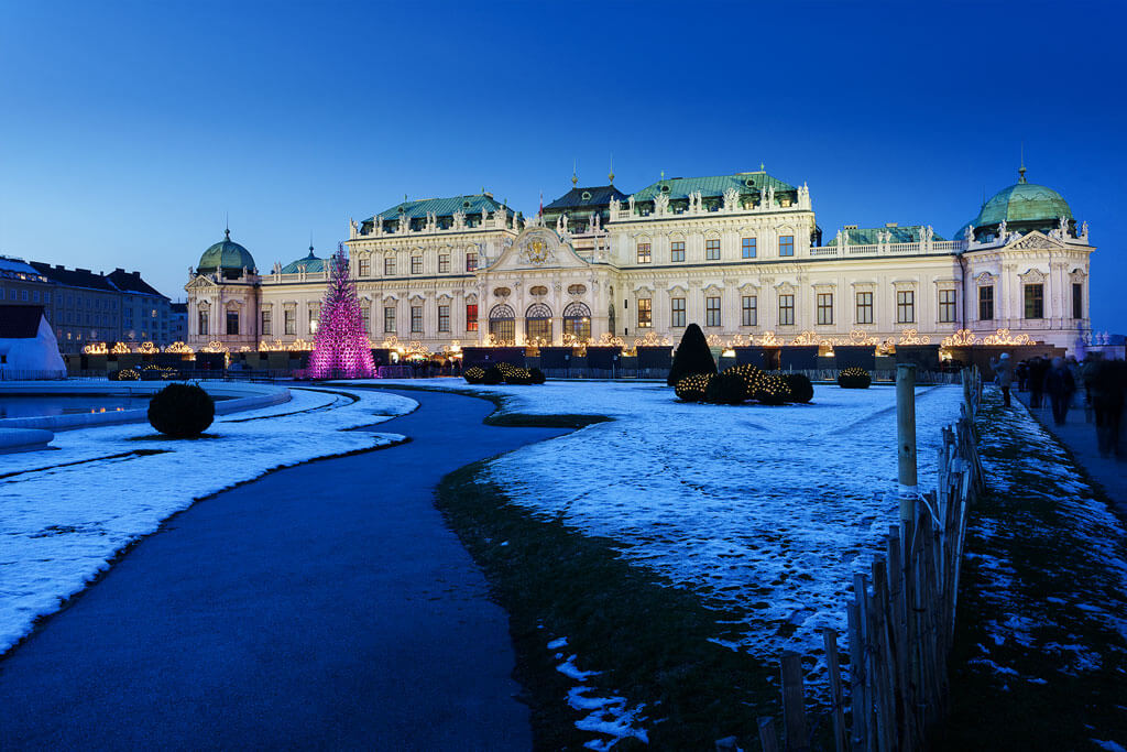 Weihnachtsdorf-Schloss-Belvedere-01 (2)