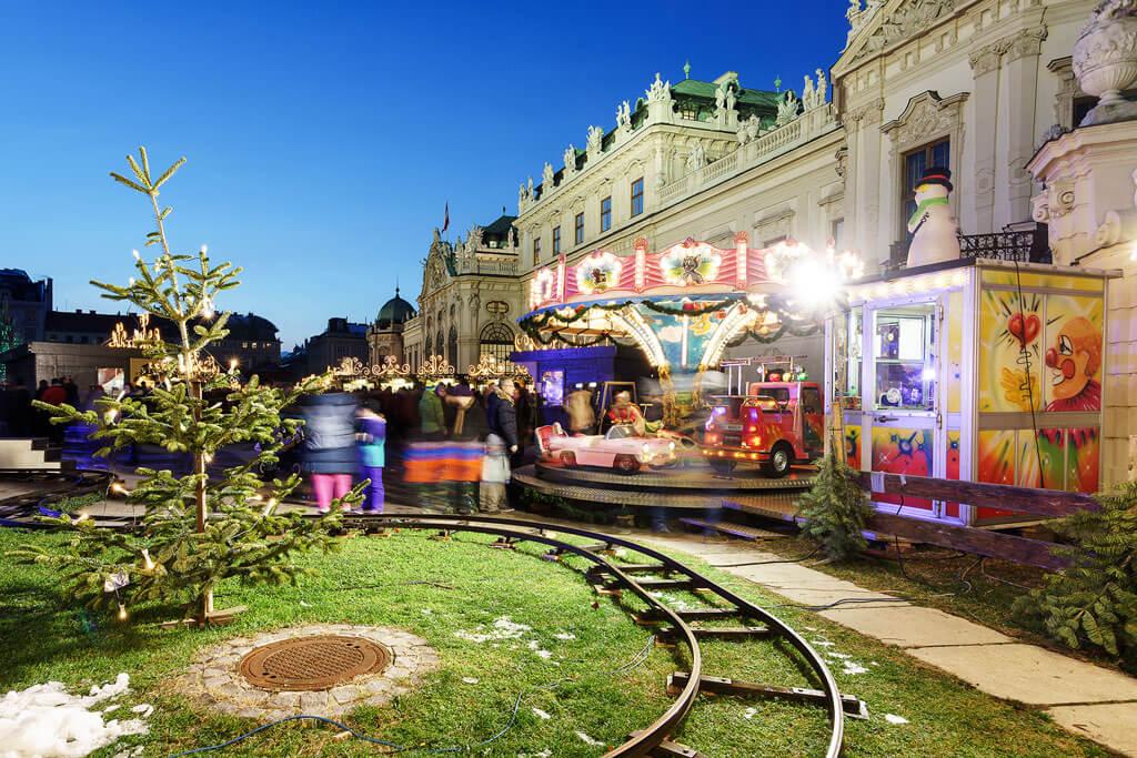 Weihnachtsdorf-Schloss-Belvedere-01 (6)