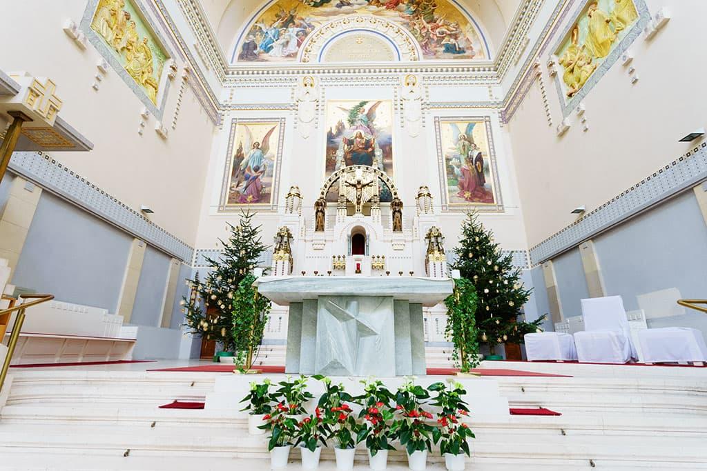 wien-sehenswuerdigkeiten-top-10-kirchen-kar-borromaeuskirche-1