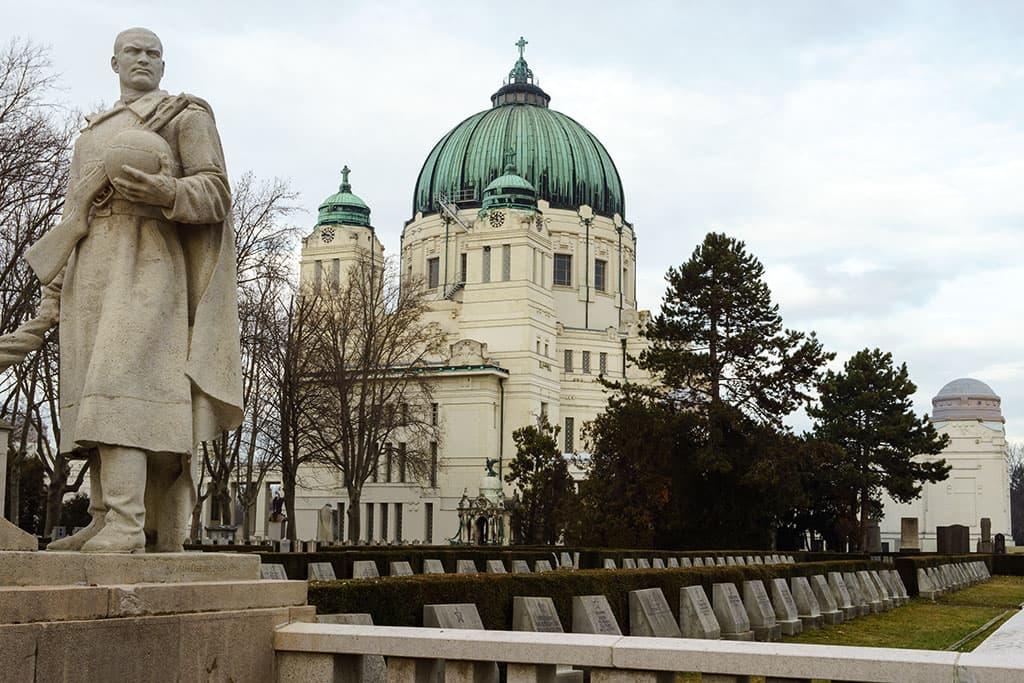 wien-sehenswuerdigkeiten-top-10-kirchen-karl-borromaeuskirche-3