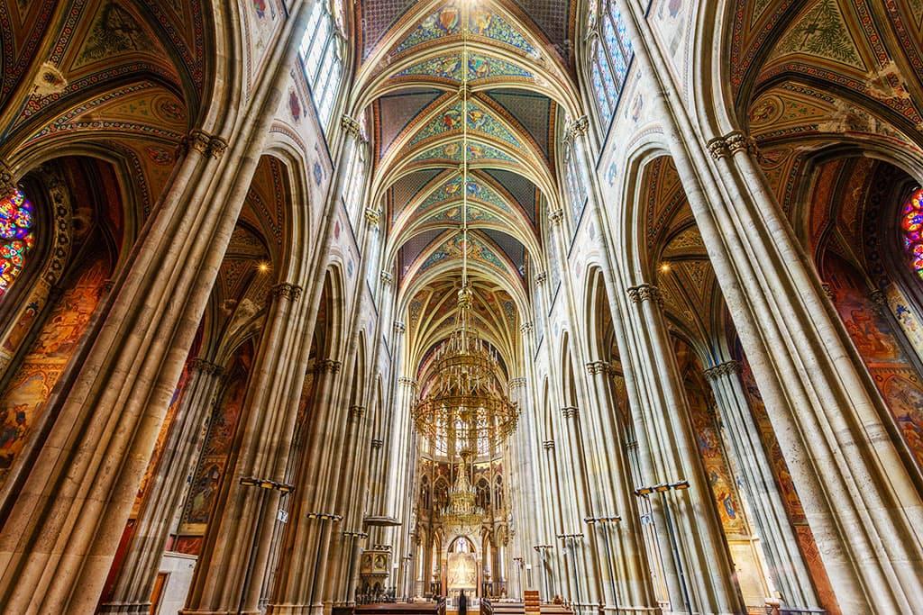 wien-sehenswuerdigkeiten-top-10-kirchen-votivkirche-3