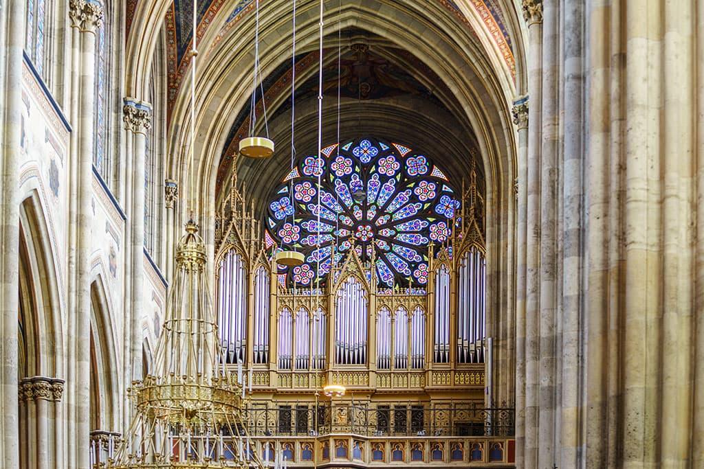 wien-sehenswuerdigkeiten-top-10-kirchen-votivkirche-5