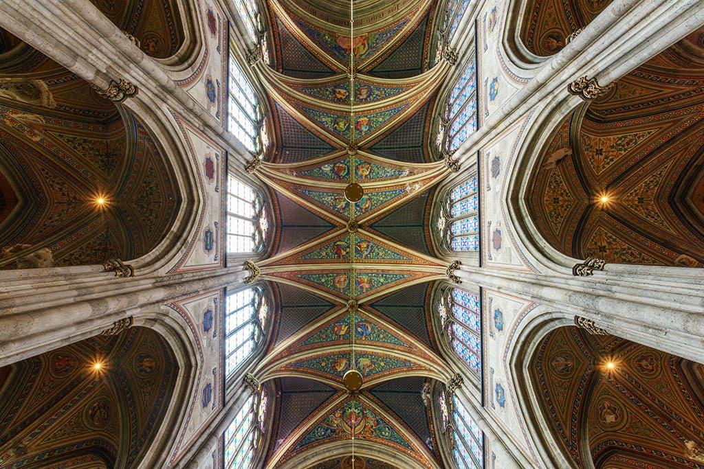 wien-sehenswuerdigkeiten-top-10-kirchen-votivkirche-7