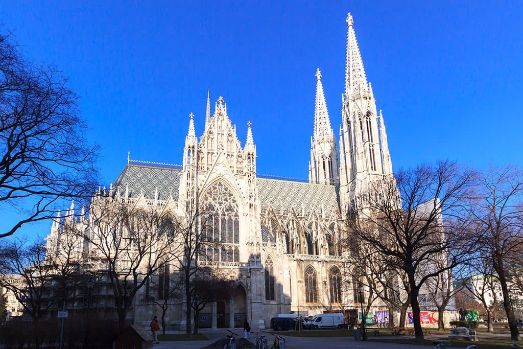 wien-sehenswuerdigkeiten-top-10-kirchen-votivkirche-8